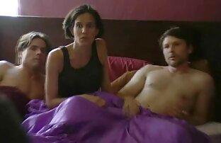पतला किशोर स्पोर्टी सेक्सी मूवी हिंदी वीडियो लड़की उसके भाई के साथ सो रही है,
