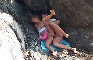 उंगलियों और समुद्र तट सेक्सी हिंदी मूवी वीडियो पर लड़की