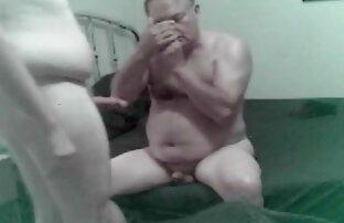 बिग गधा कुतिया उसे वीडियो सेक्सी हिंदी मूवी चूसने का उपयोग करता है