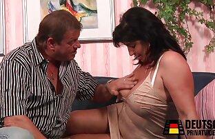 उन्होंने उसे दिखाया कि यह क्या है । सेक्स हिंदी मूवी