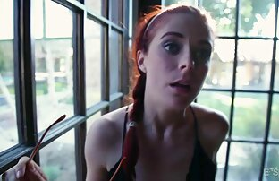 एक सुंदर लड़की है, और उसे सेक्सी मूवी बीपी वीडियो छेद में डाल दिया